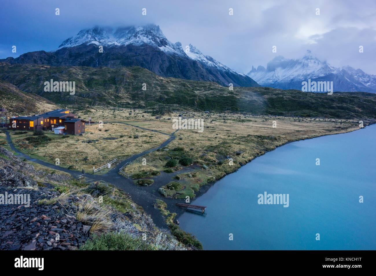 cuernos del Paine, refugio Paine Grande, trekking W, Parque nacional Torres del Paine,Sistema Nacional de Áreas Stock Photo