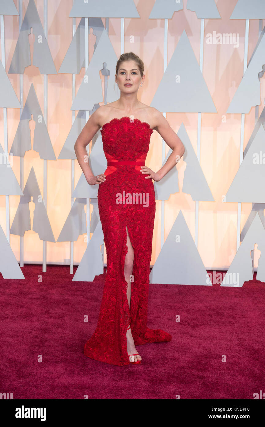 HOLLYWOOD, CA - FEBRUARY 22:  Rosamund Pike attendst the 87th Annual Academy Awards at Hollywood & Highland - Stock Image