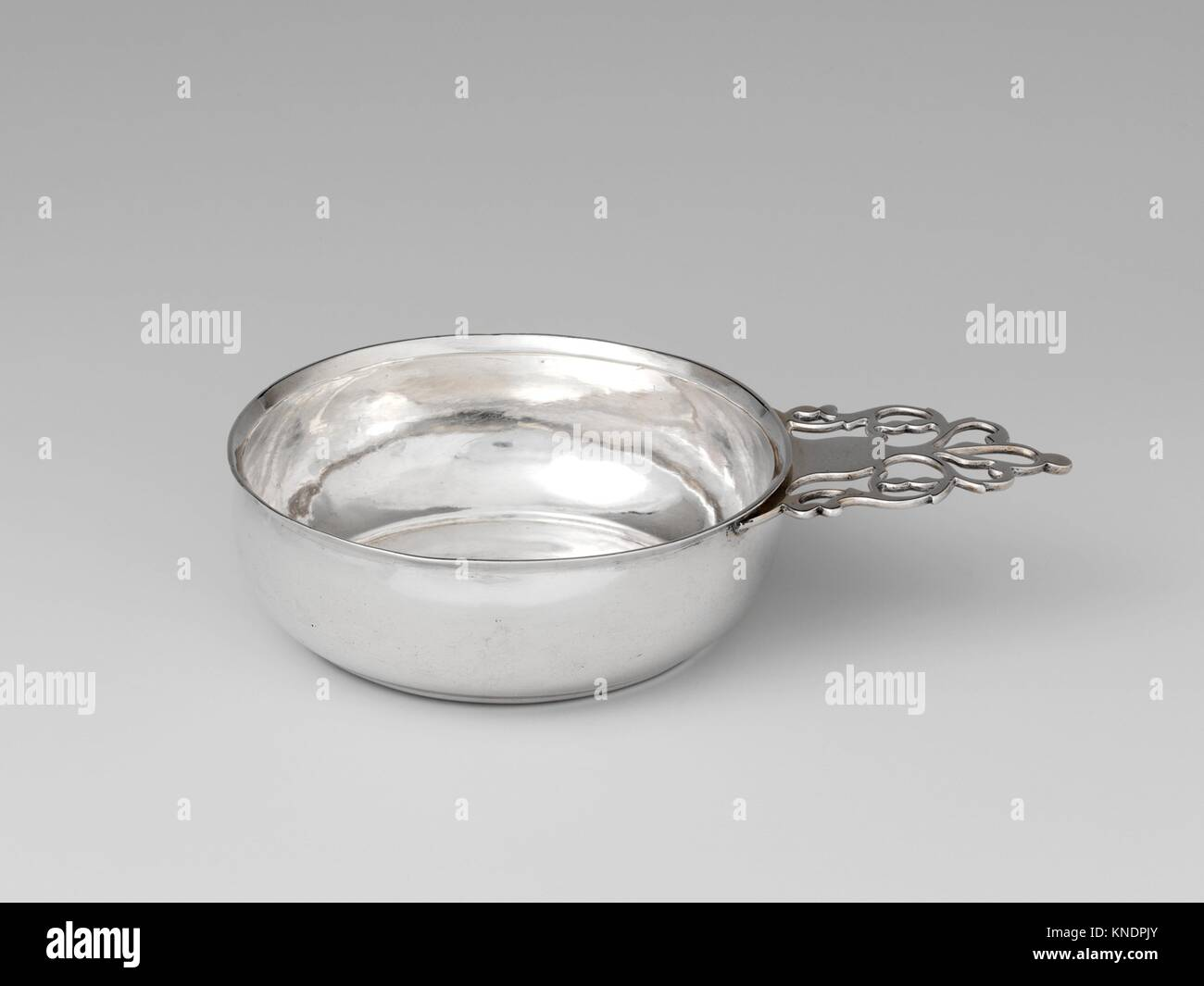 Porringer. Maker: Thomas Emery (1781-1815); Date: ca. 1805; Geography: Made in Boston, Massachusetts, United States; - Stock Image