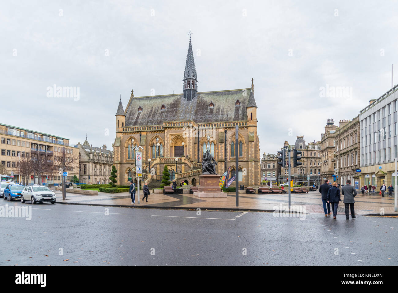 Dundee,Scotland,UK-Dercember 05,2017: The city centre of Dundee with the McManus Galleries and Queen Victoria's - Stock Image