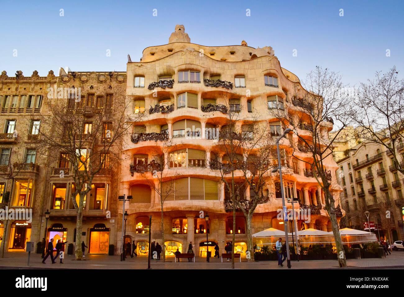 Casa mila passeig de gracia casa mila stock photos casa mila passeig de gracia casa mila stock - Casa en catalan ...
