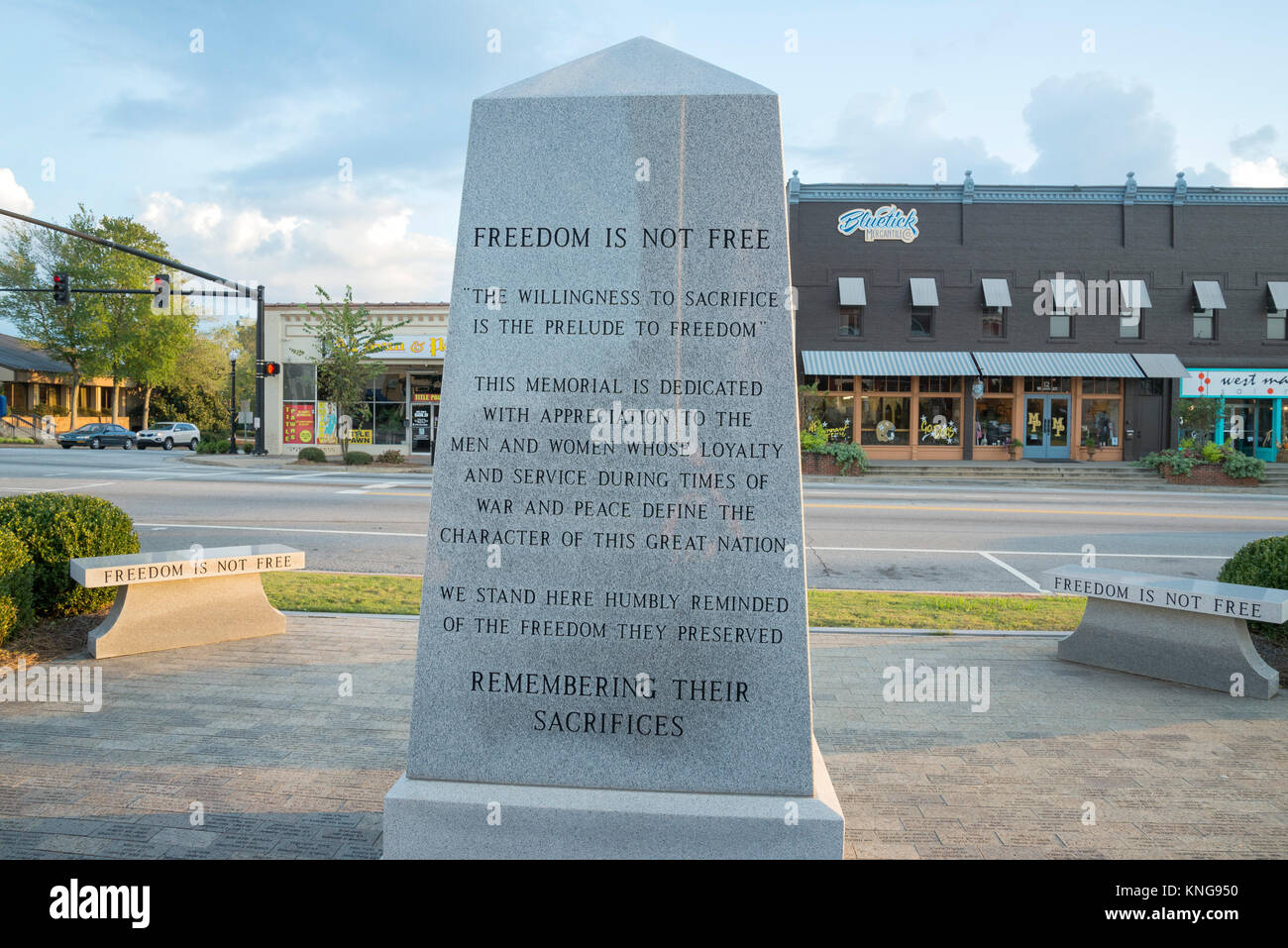 Memorial to Monroe County service members who gave their lives in times of war and peace for freedom is sitting - Stock Image