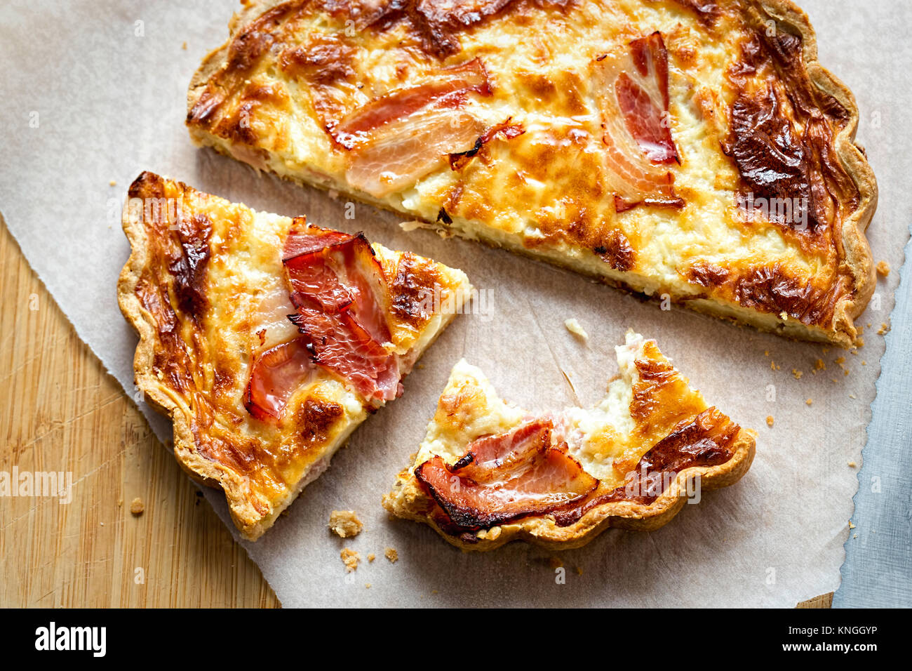 Bacon and cheddar quiche - Stock Image