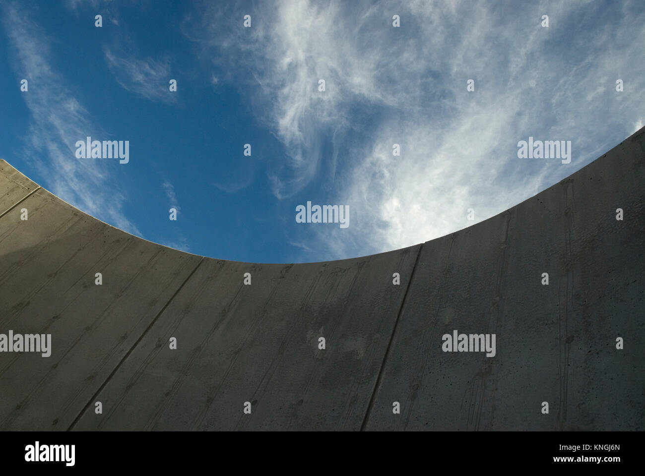 Curved concrete wall.USA - Stock Image