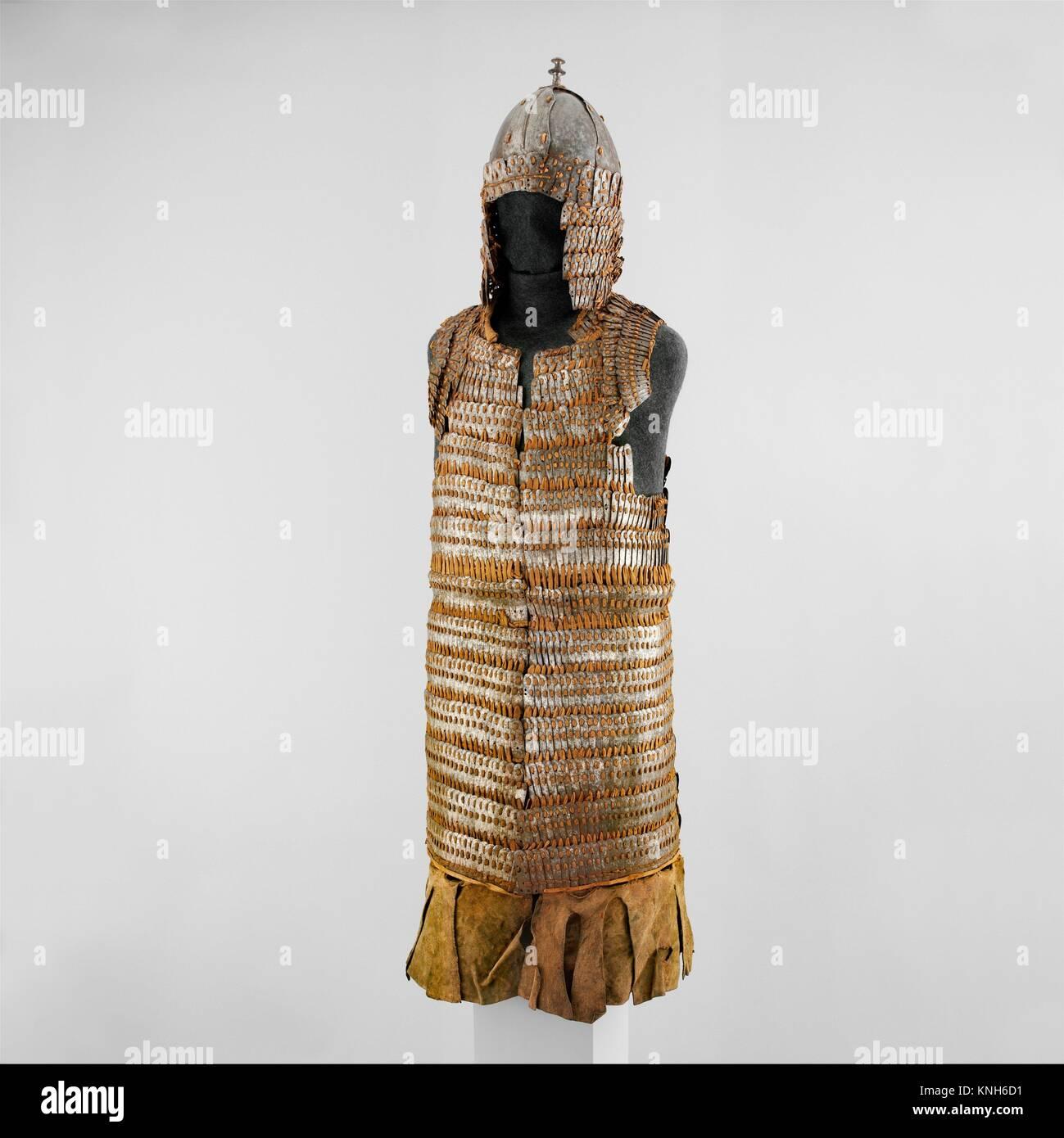 c82961290 Lamellar Armor (Byang Bu'i Khrab) and Helmet. Date: possibly 16th