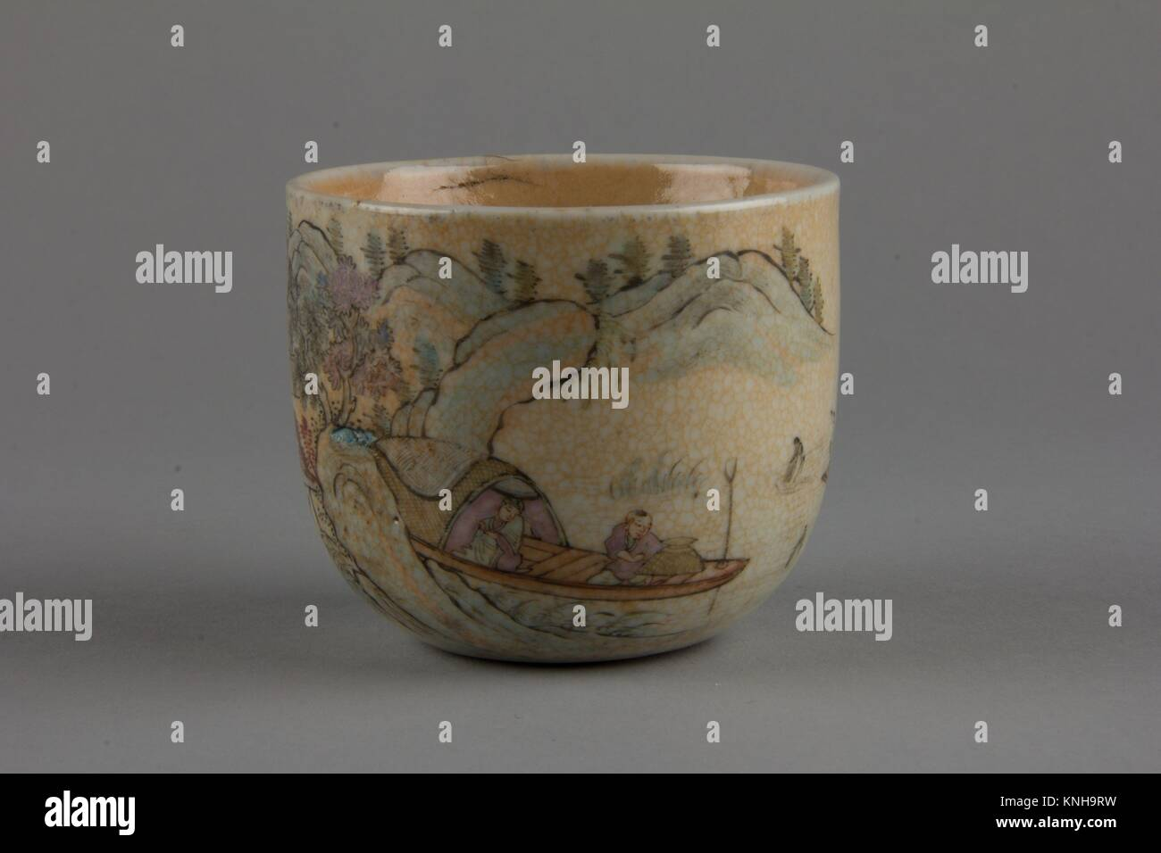 Cup. Period: Qing dynasty (1644-1911); Date: first half of the 19th century; Culture: China; Medium: Porcelain with - Stock Image
