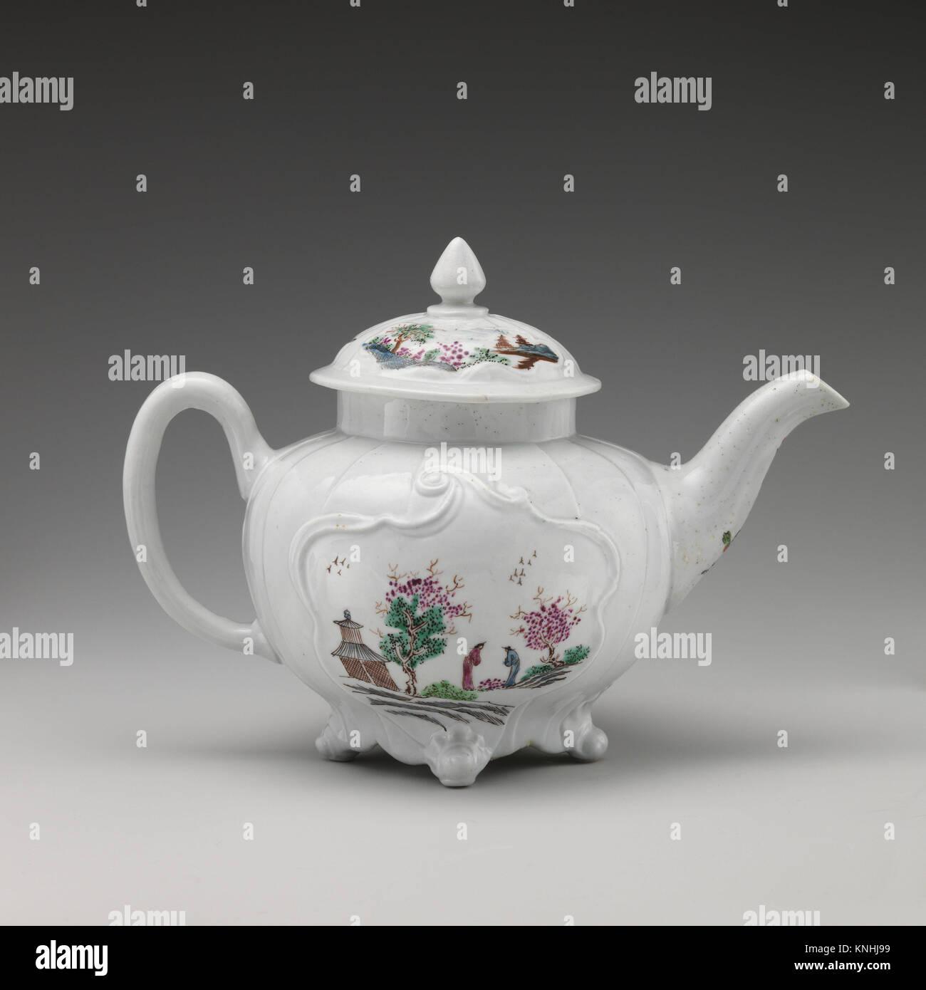 Teapot. Factory: Worcester; Date: ca. 1753; Culture: British, Worcester; Medium: Soft-paste porcelain; Dimensions: - Stock Image