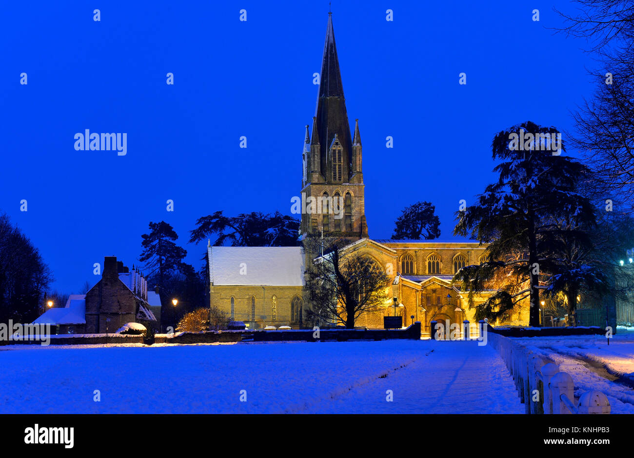 St Mary's Church, Witney in winter - Stock Image
