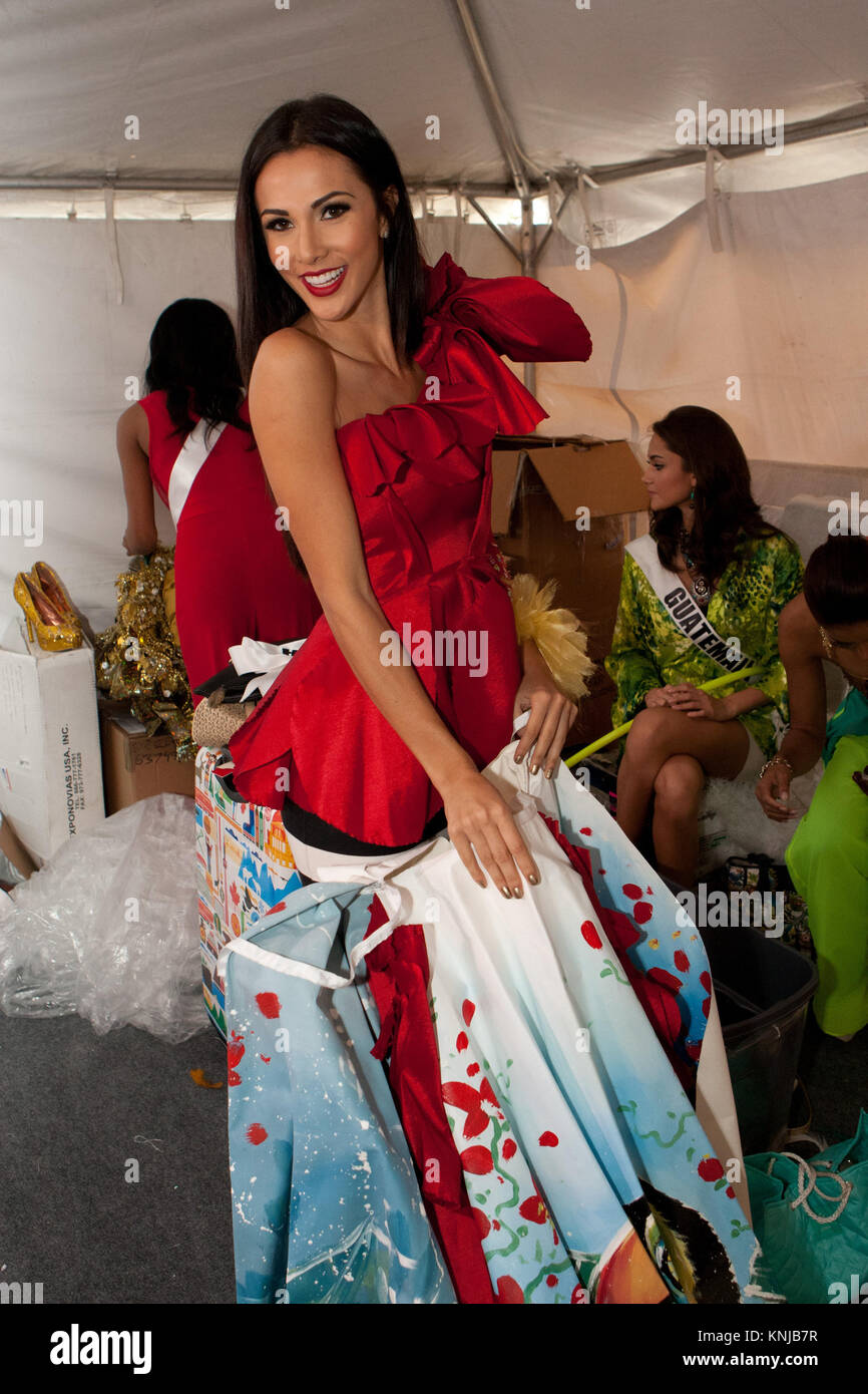 Young Karina Ramos nude photos 2019