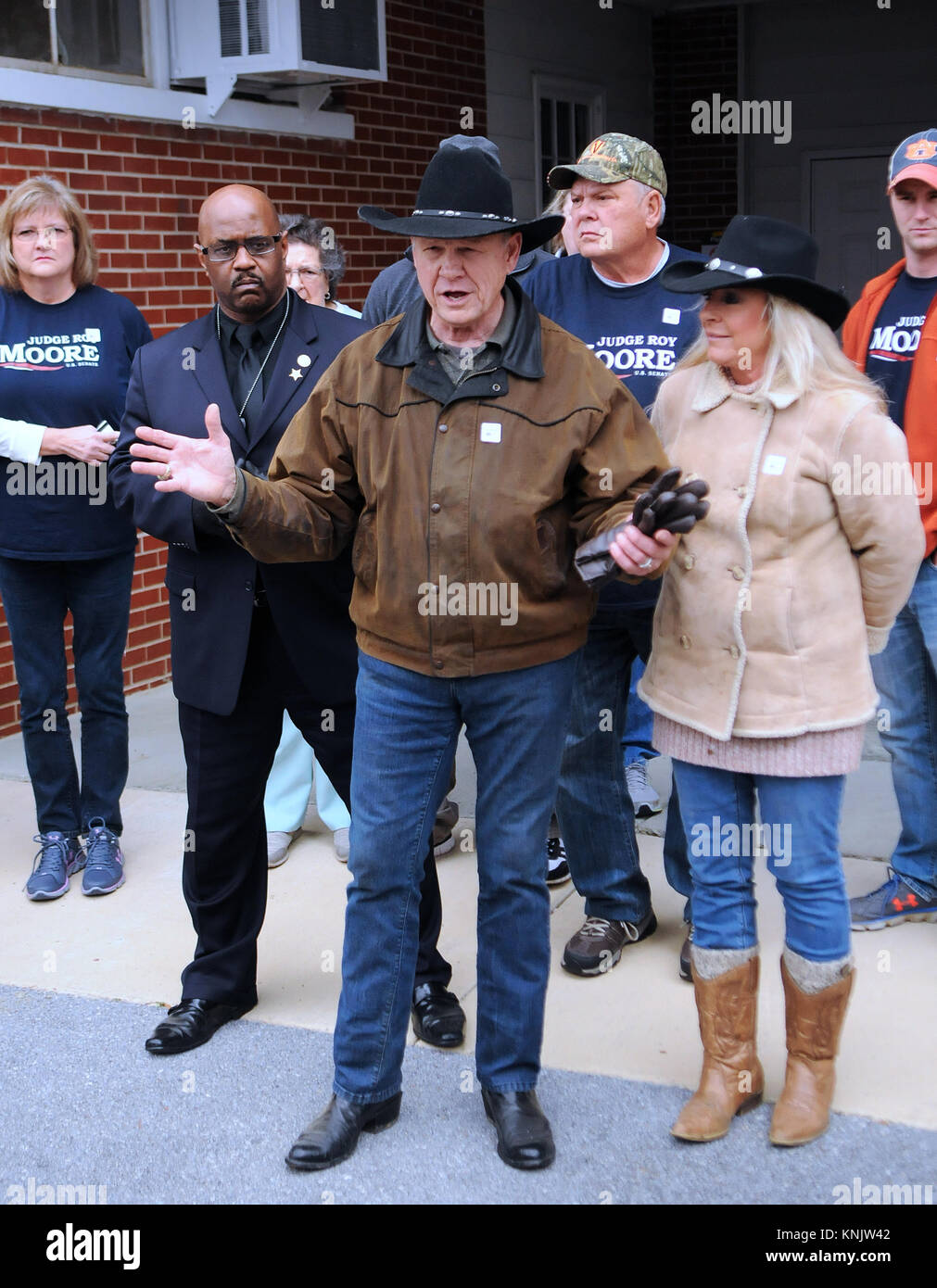 Gallant, United States. 12th Dec, 2017. Judge Roy Moore answers questions from the media after voting with his wife, - Stock Image