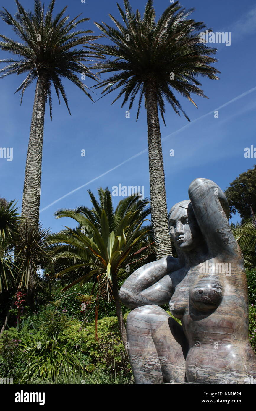 Sculpture of Earth Goddess Gaia in Tresco Gardens, Isles of Scilly, UK - Stock Image