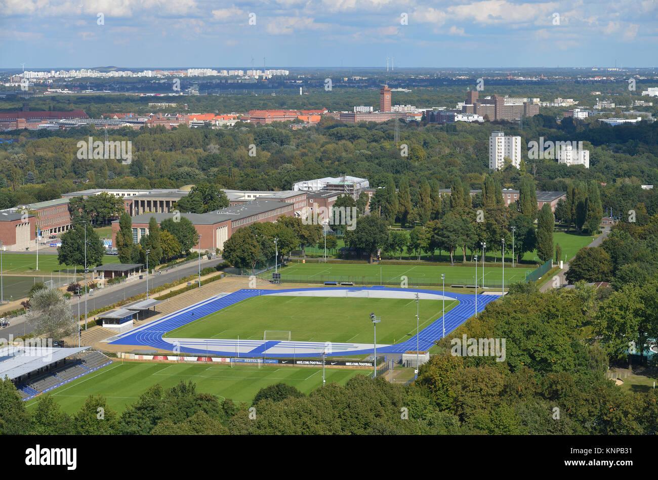 Hanns brown place, Westend, Charlottenburg, Berlin, Germany, Hanns-Braun-Platz, Deutschland - Stock Image