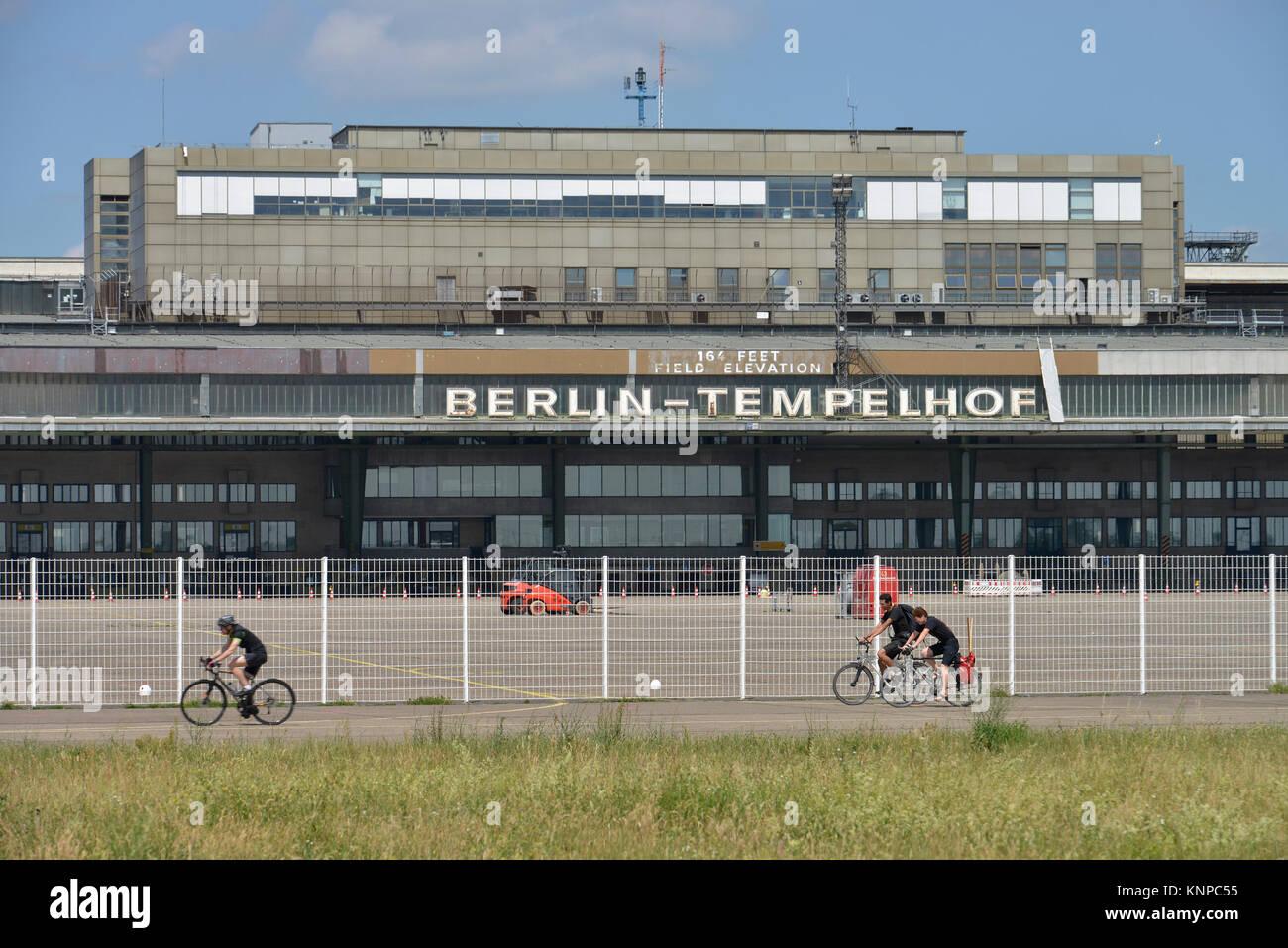 Airport Tempelhof, Tempelhofer field, temple court, Berlin, Germany, Flughafen Tempelhof, Tempelhofer Feld, Tempelhof, - Stock Image