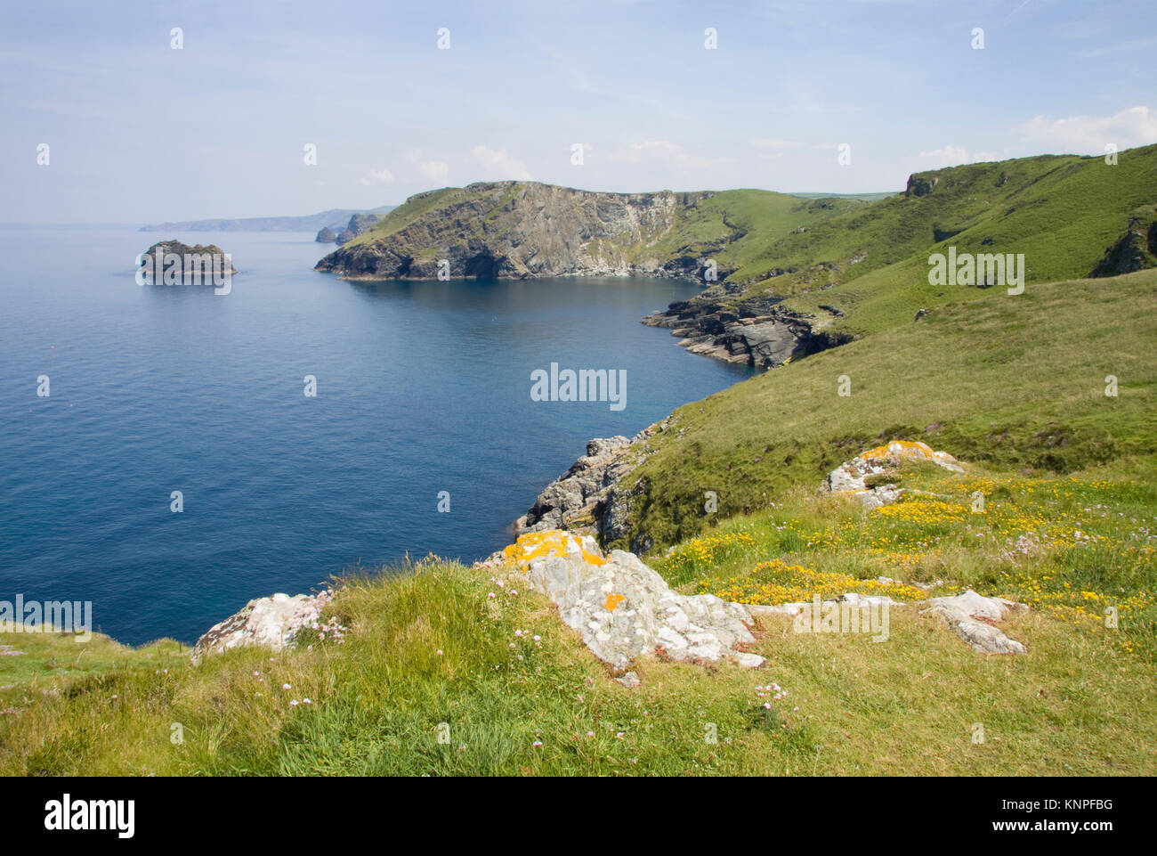 Looking along the coastline from Barras Nose towards The Sisters islands. North Cornwall, England. - Stock Image