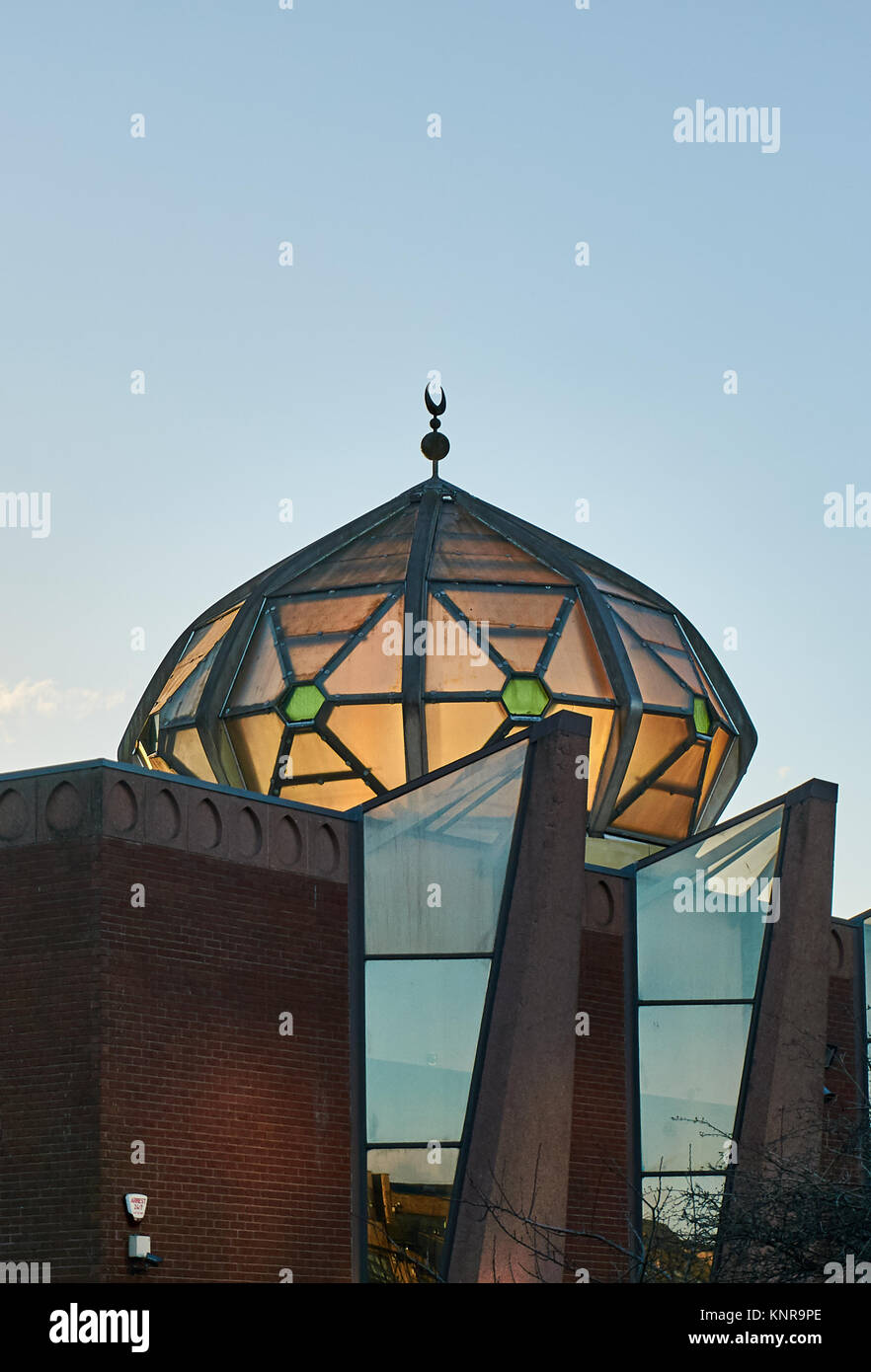 Glasgow Central Mosque in the Gorbals district of central Glasgow. The organization, 'Muslims in Brita - Stock Image