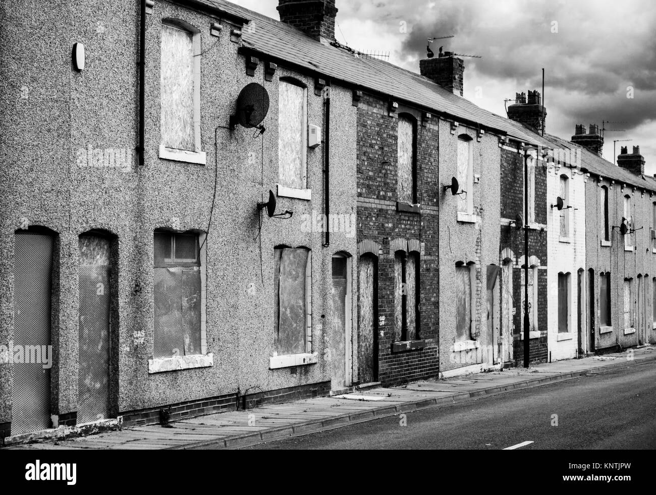 hartlepool derelict terraced houses England Hartlepool england abandoned houses ready for demolition or redevelopment - Stock Image