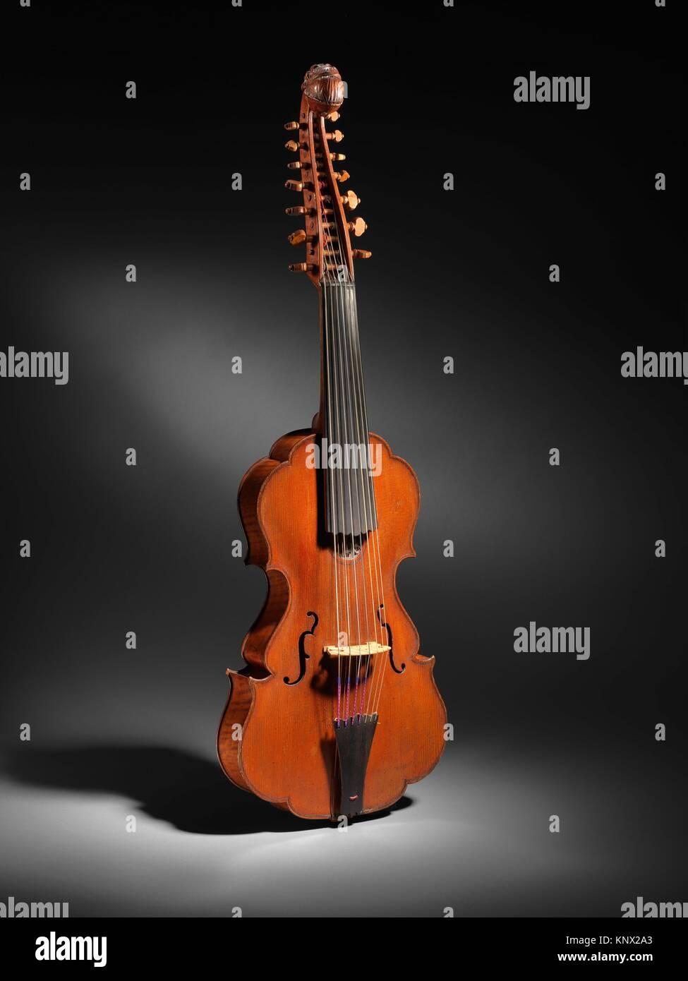 Viola d'Amore. Maker: Johannes Florenus Guidantus, Italian (Italian, Bologna 1687-1760 Bologna); Date: 18th - Stock Image