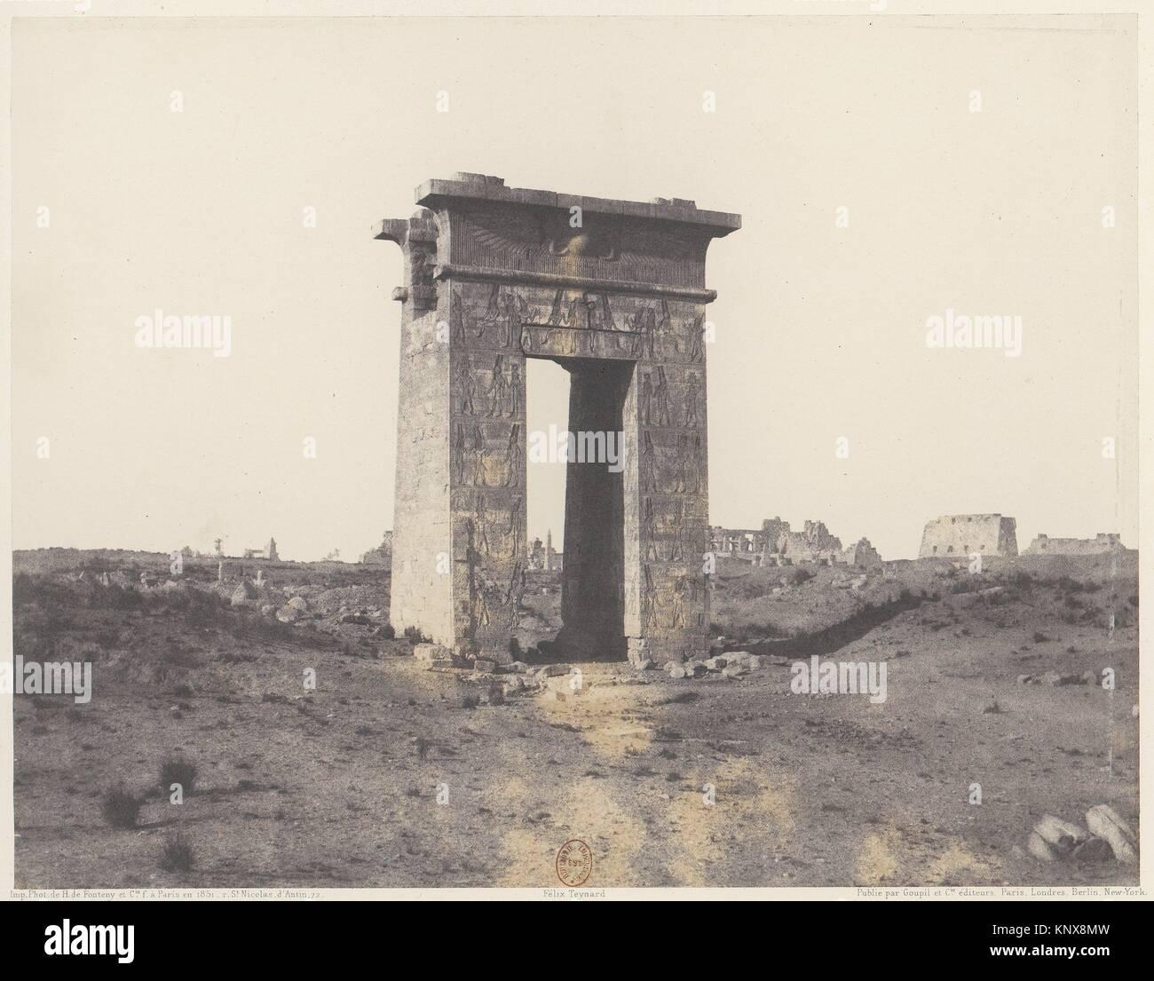 Karnak (Thèbes), Grande Porte du Nord Vue du Point X. Artist: Félix Teynard (French, 1817-1892); Printer: - Stock Image