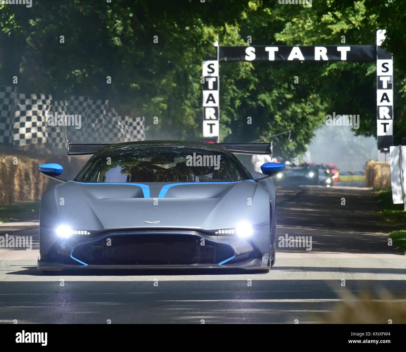 Darren Turner, Aston Martin Vulcan, Goodwood FoS 2015, 2015, Aston Martin, Aston Martin Vulcan, Classic, Darren - Stock Image