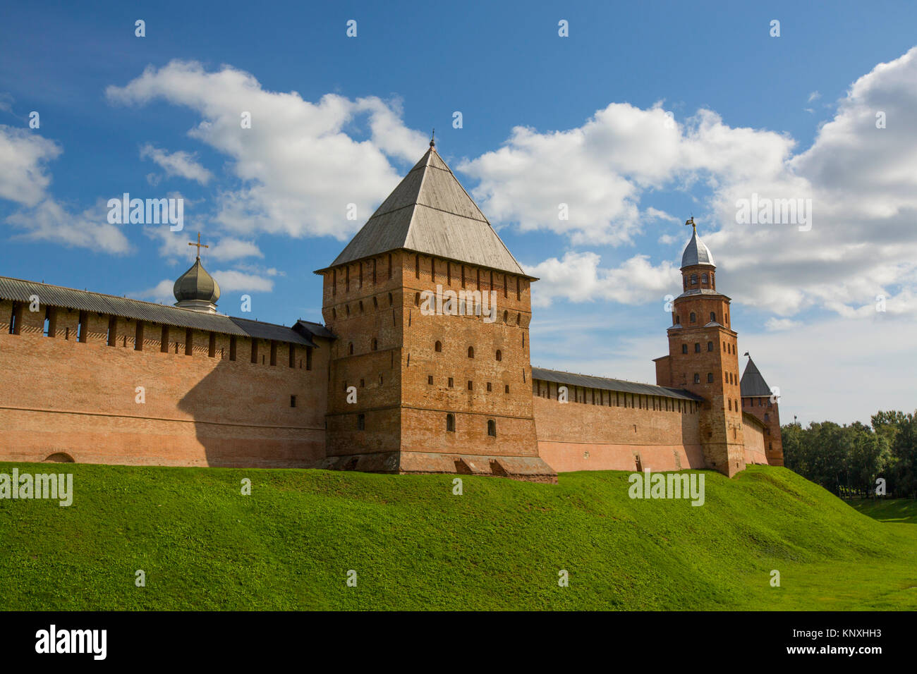 Kremlin Wall and Towers, UNESCO World Heritage Site, Veliky Novgorod, Novgorod Oblast, Russian Federation - Stock Image