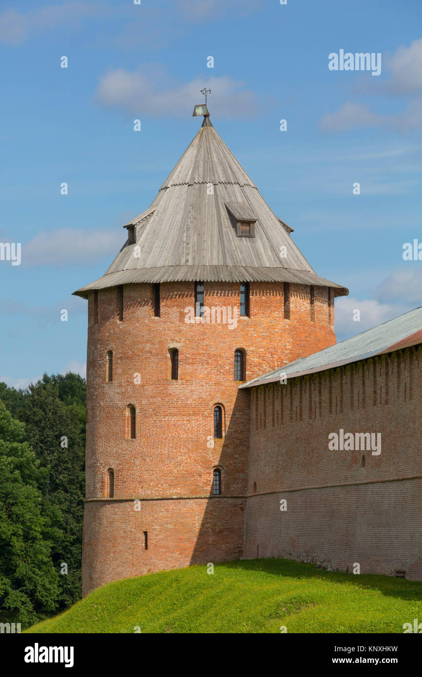 Kremlin Wall with Tower, UNESCO World Heritage Site, Veliky Novgorod, Novgorod Oblast, Russian Federation - Stock Image
