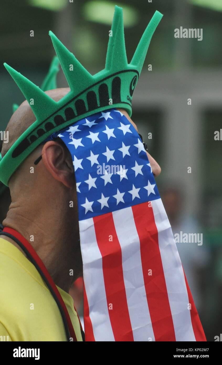 Naha, Okinawa, Japan: American parade during the 6th Worldwide Uchinanchu Festival, celebrating the Okinawan emigrants - Stock Image