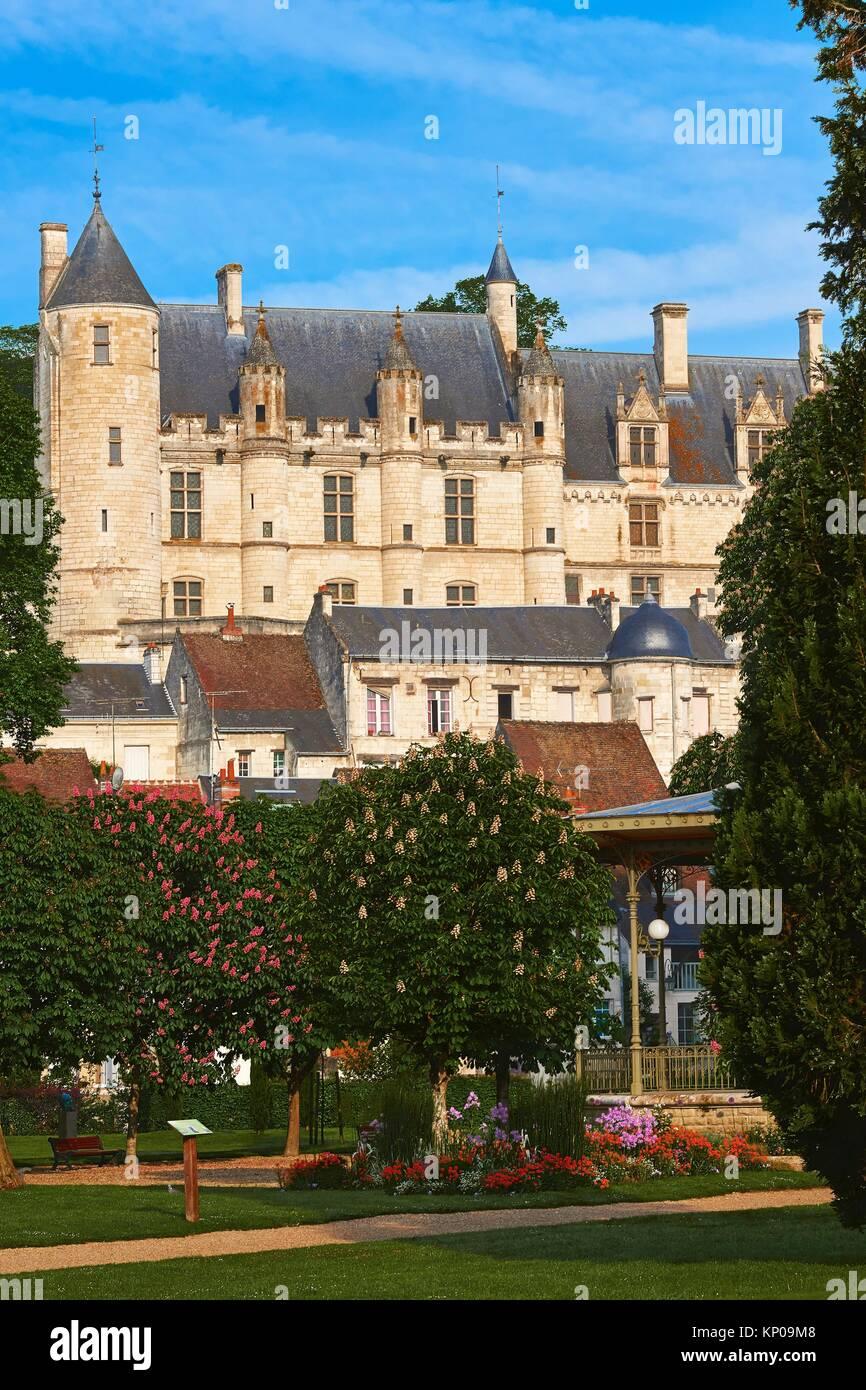 Petites Annonces Dominatrice Dans Le 42 Loire Pas Cher