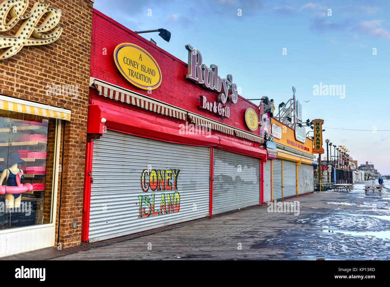 New York City - December 10, 2017: Closed stores along the boardwalk in Coney Island in the winter. - Stock Image