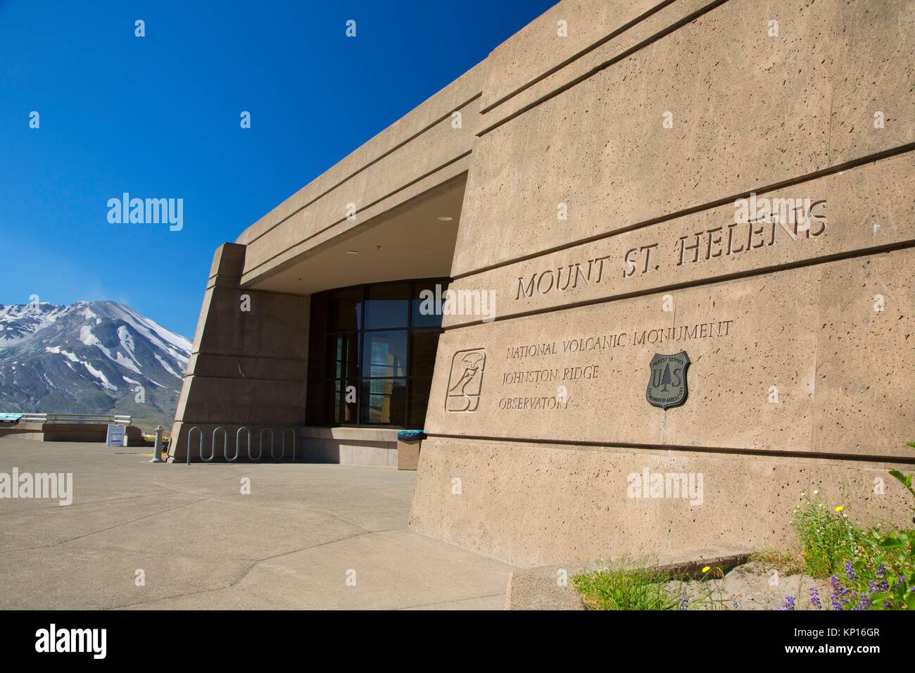 Johnston Ridge Observatory, Mt St Helens National Volcanic Monument, Washington. - Stock Image