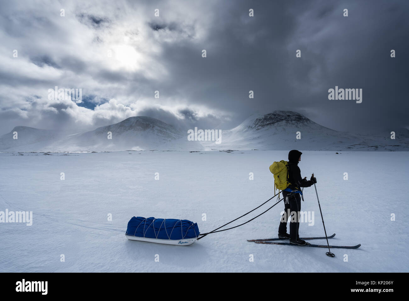 Ski touring in Swedish Lapland, in Kebnekaise massive mountain range. Sweden, Europe - Stock Image