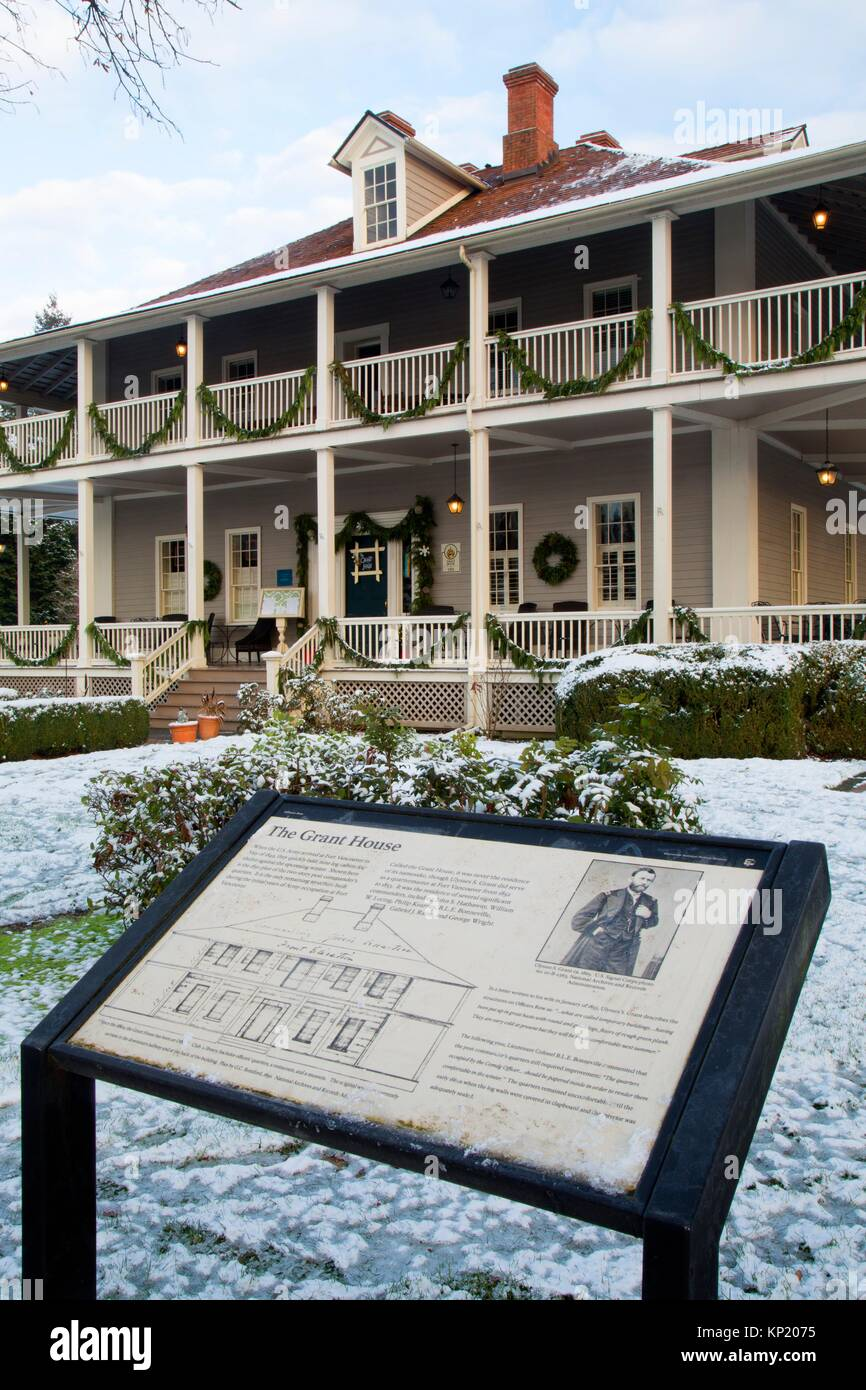 Grant House with interpretive board, Fort Vancouver National Historic Site, Vancouver National Historic Reserve, - Stock Image