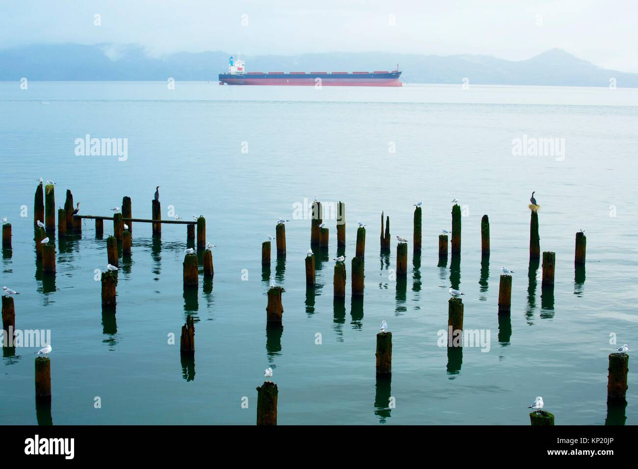 Tanker, Astoria Riverwalk, Astoria, Oregon. - Stock Image