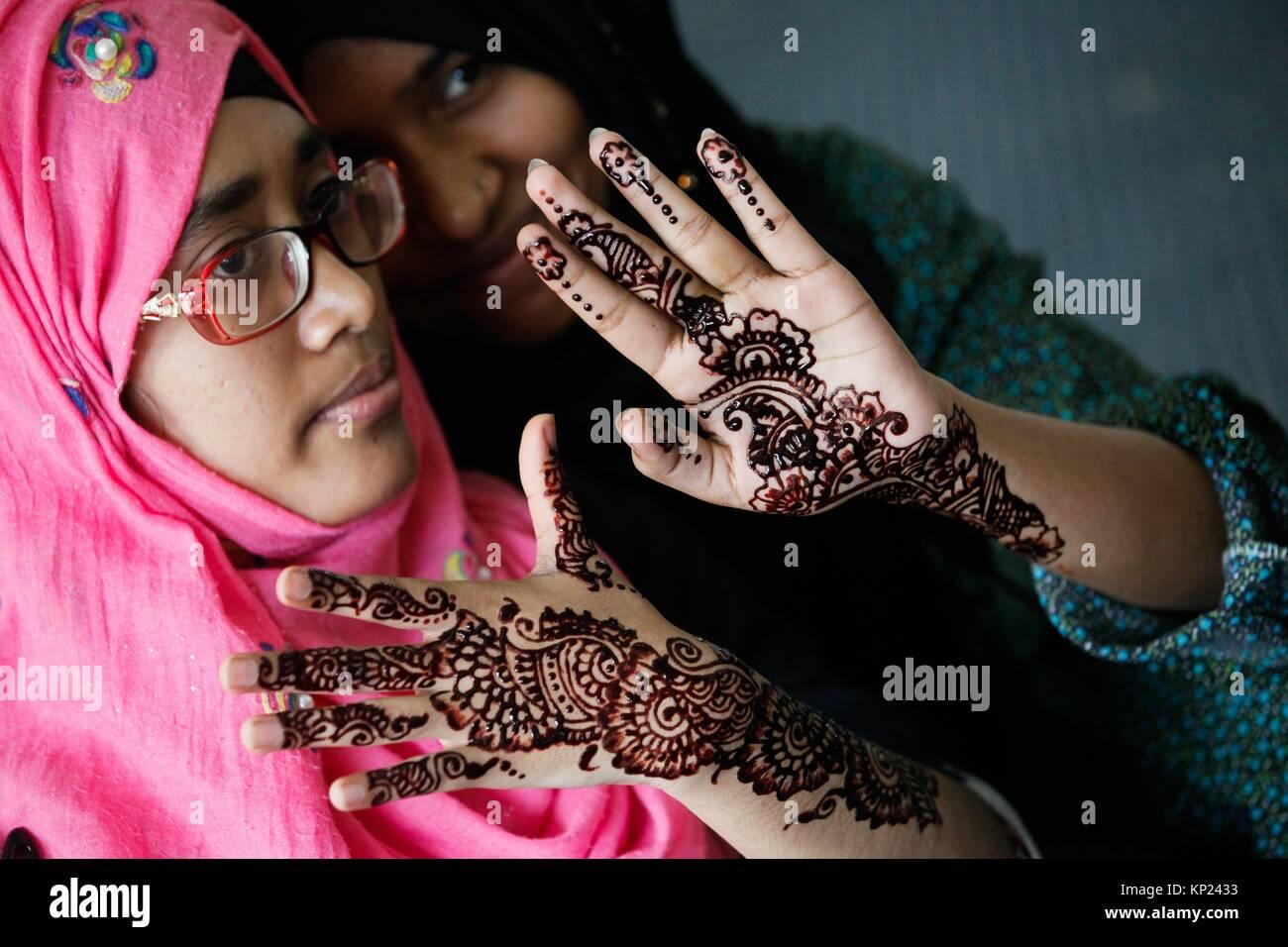 Women of Bangladeshi Social organization Dhakabashi arrange a Mehedi Fest at Dhaka to celebrate EID ul fitr. - Stock Image
