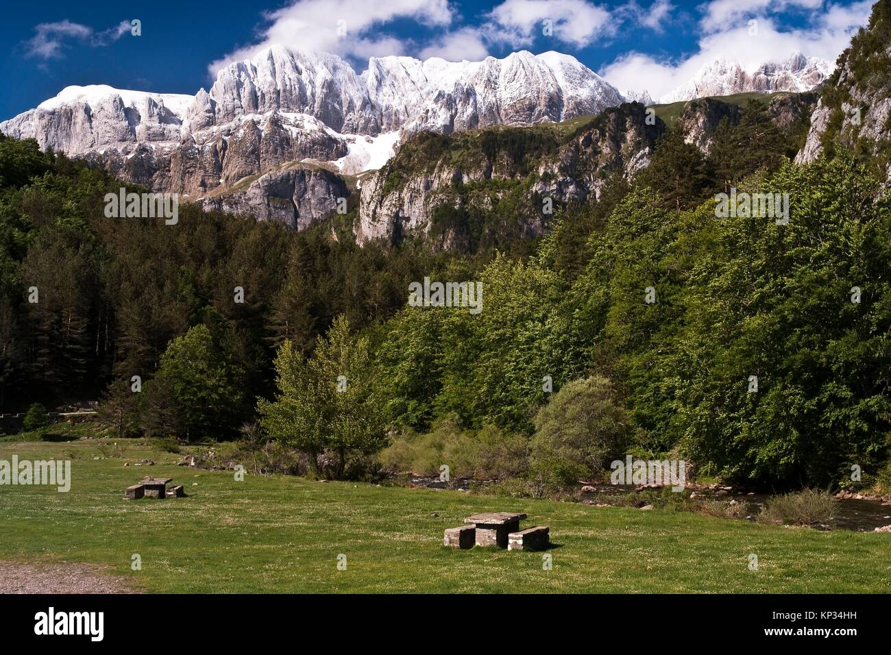 Selva De Oza Valle De Hecho Aragonese Pyrenees Huesca Province Stock Photo Alamy