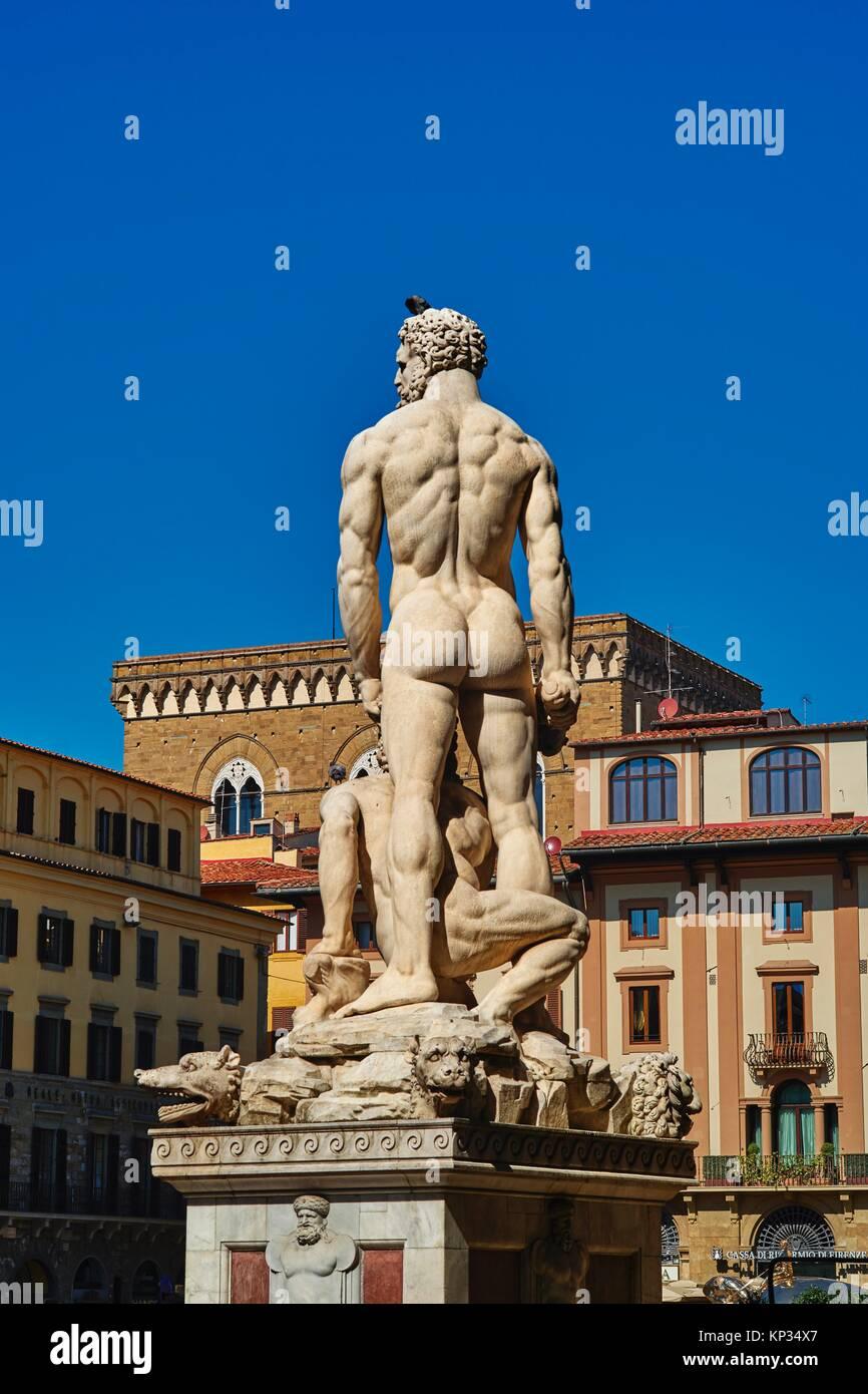 Fountain of Neptune by Bartolomeo Ammannati in Piazza della Signoria, Florence, Italy - Stock Image
