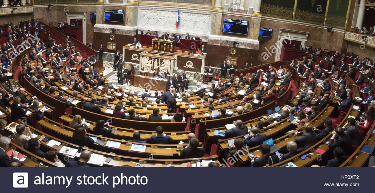 Paris, France. 12th Dec, 2017. French ministers attend a session of questions to the Government on December 12, - Stock Image