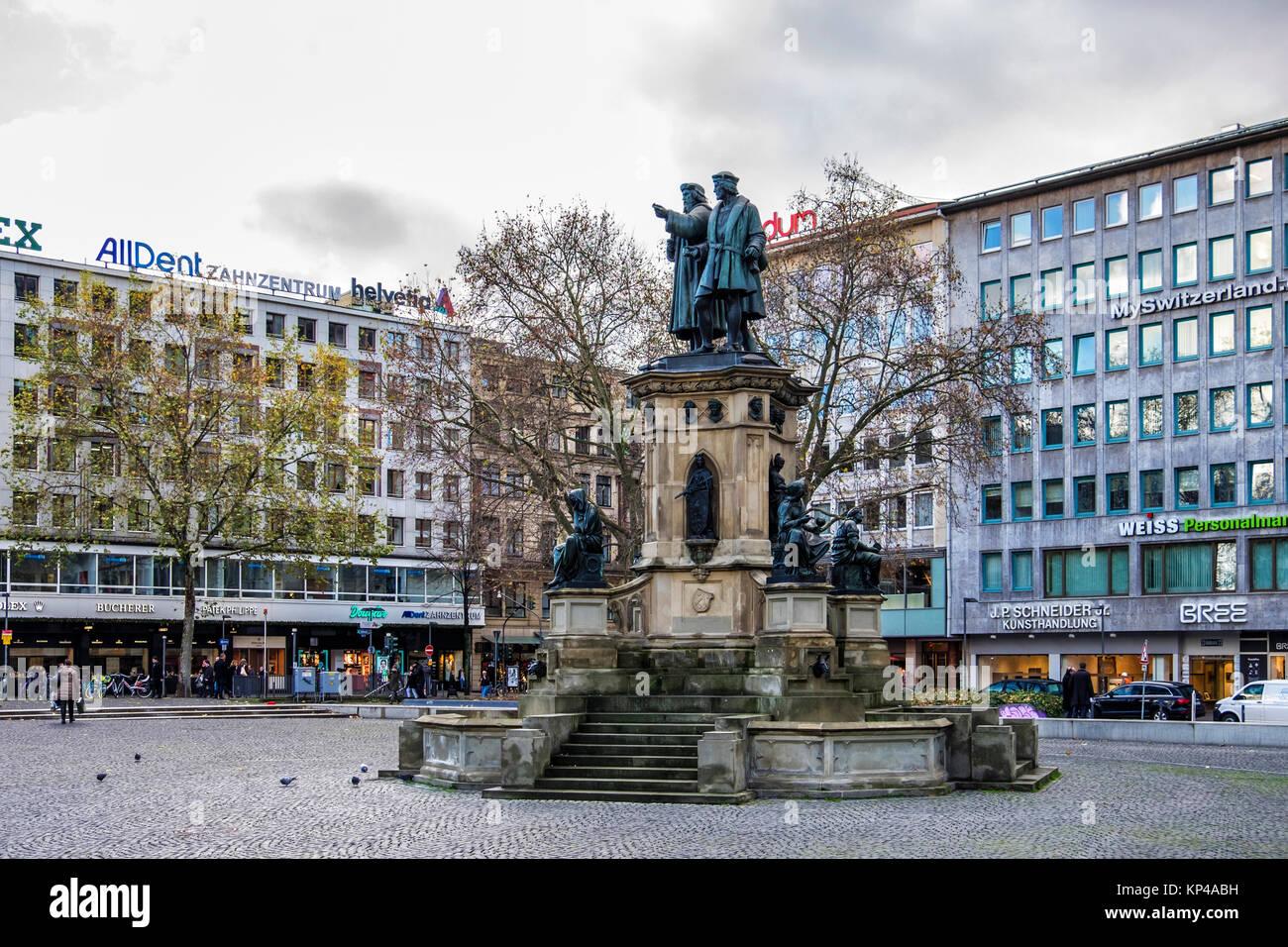 Frankfurt,Rossmarkt square. Johannes Gutenberg memorial statue honours the inventor of the printing press. Bronze - Stock Image