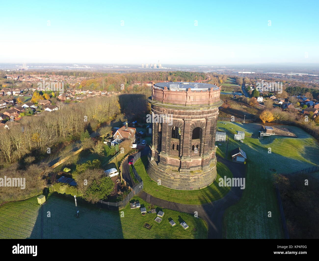 Aerial photograph of Runcorn water tower - Stock Image