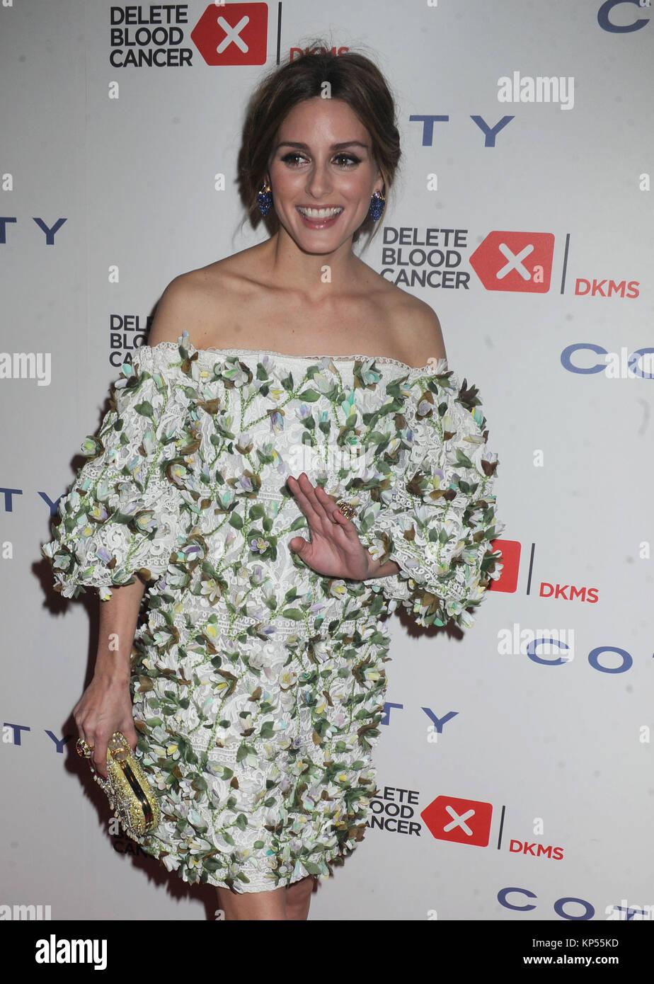 9f0d587e8f NEW YORK, NY - APRIL 16: Olivia Palermo attends the 9th Annual Delete Blood