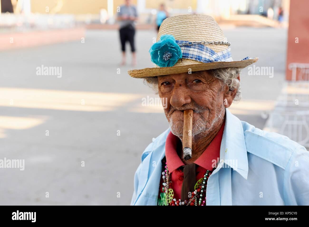 d6ef7ab7f Portrait of old man smoking cigar,Remedios, Cuba Stock Photo ...