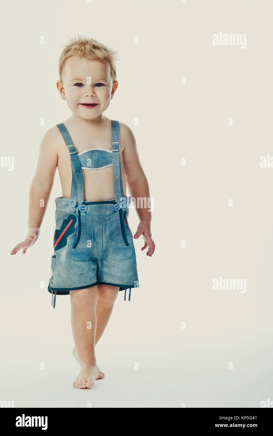 Kleiner Junge in Lederhose - little boy in leather pants - Stock Image
