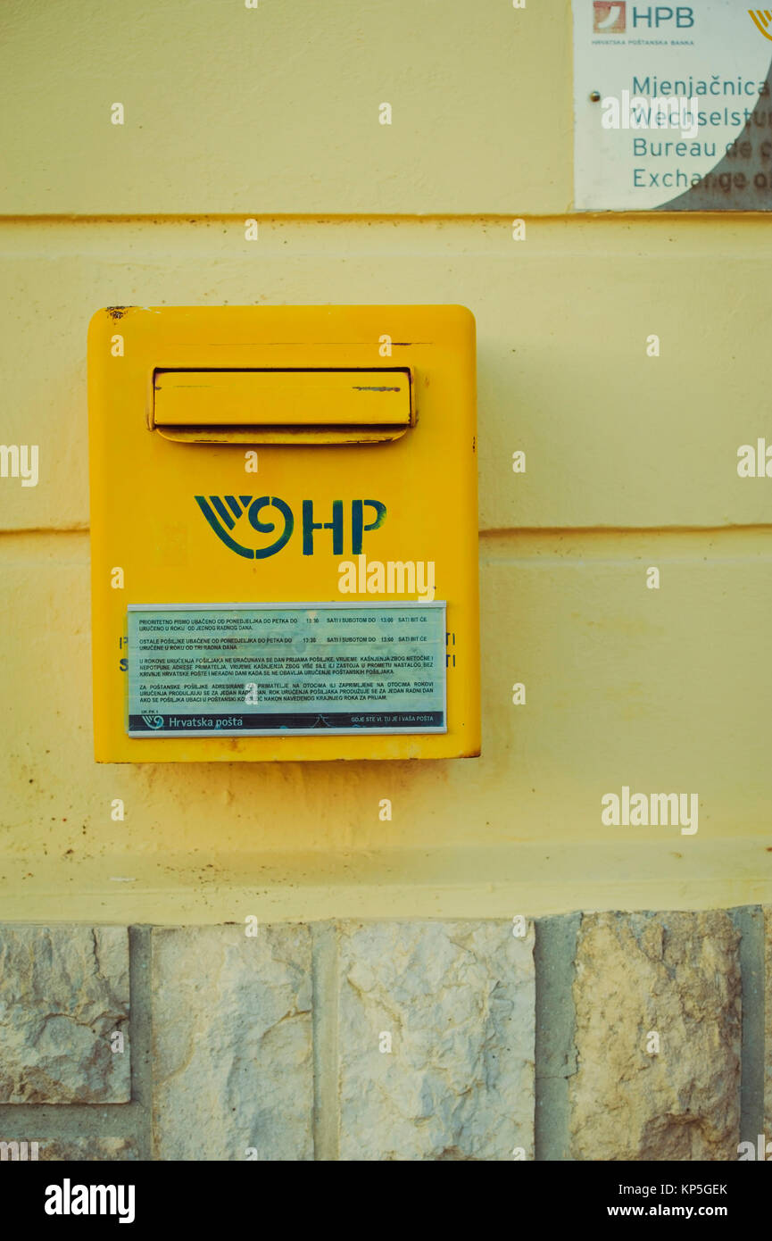 Kroatischer Briefkasten, Cres - Croatian post box Stock Photo