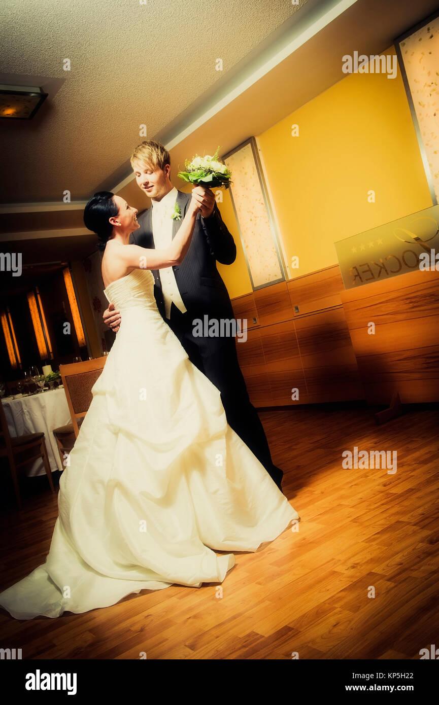 Brautpaar beim Tanzen - marriage couple dancing - Stock Image