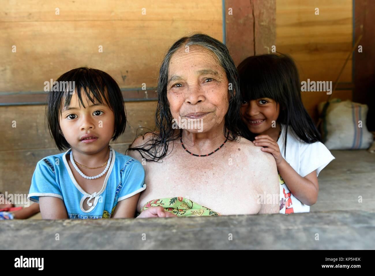 Girl with grandmother, Sulawesi,Indonesia. - Stock Image