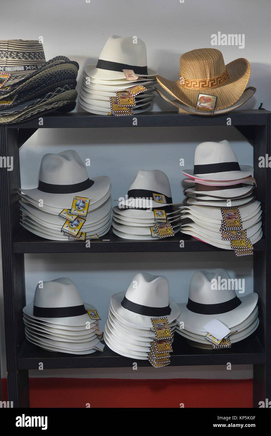 Sombrero Hat Shop Stock Photos   Sombrero Hat Shop Stock Images - Alamy 9aad3e08fd5