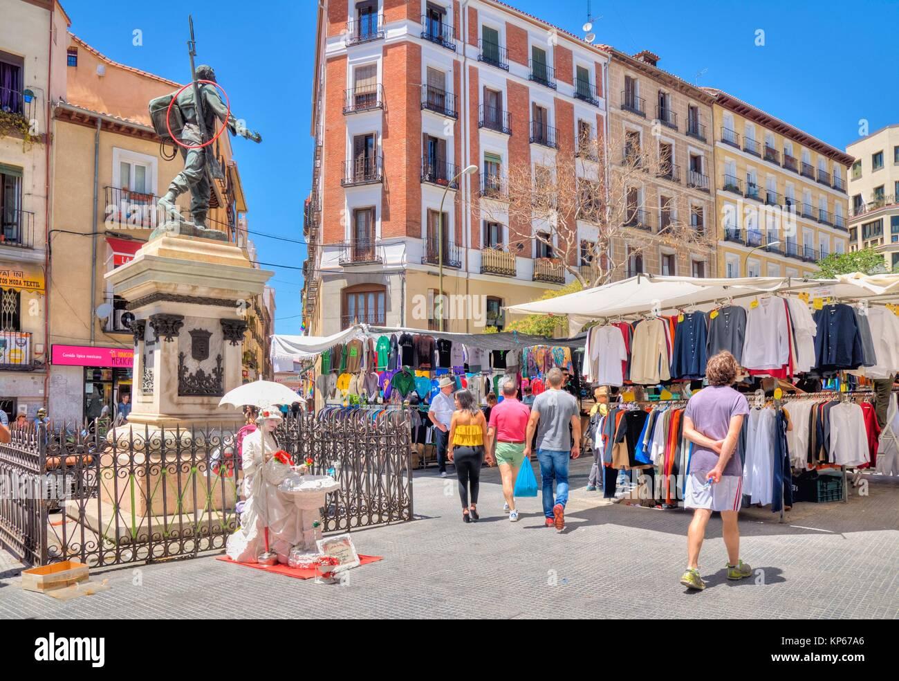 El rastro flea market stock photos el rastro flea market - Cascorro madrid rastro ...