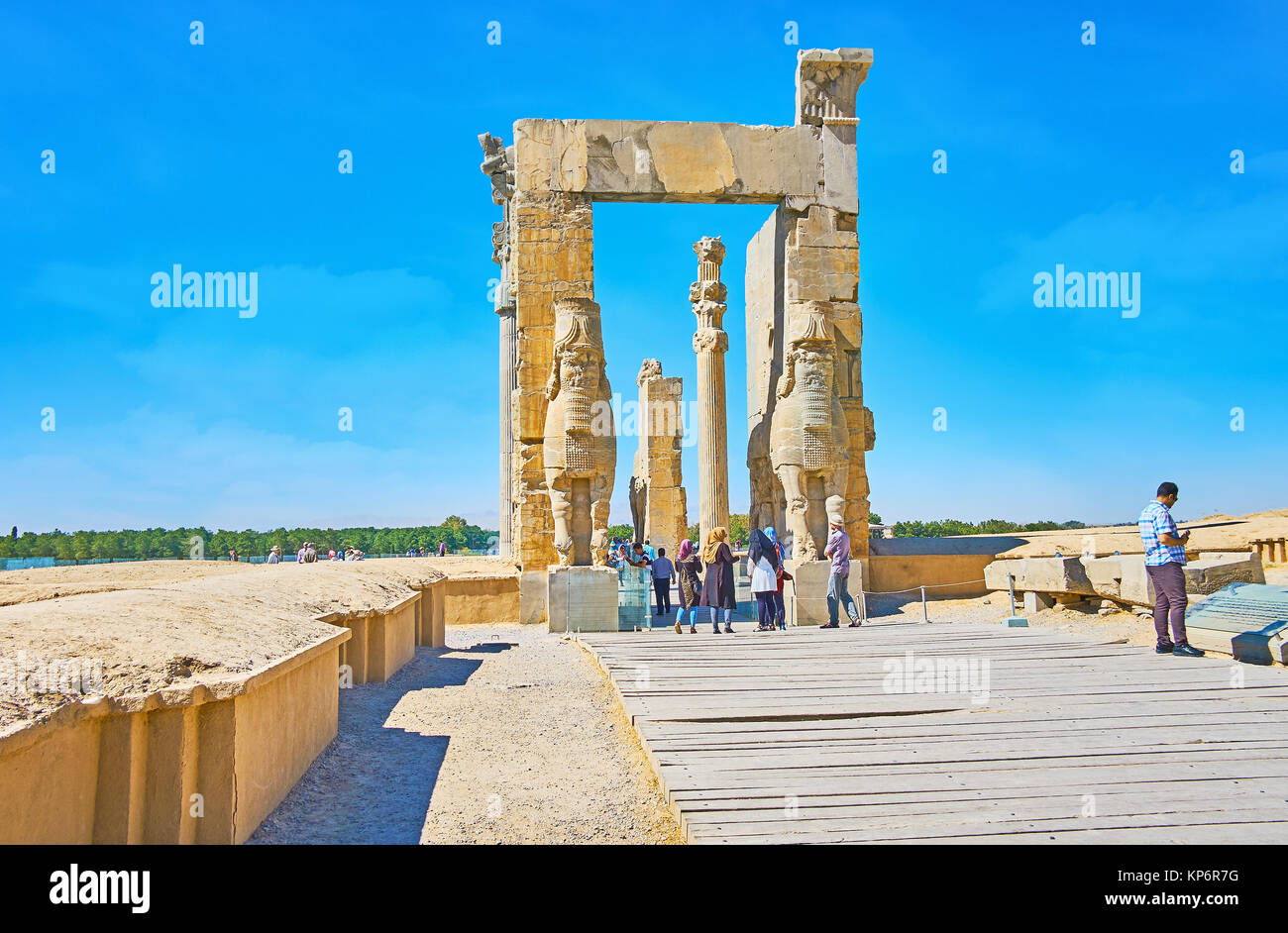 PERSEPOLIS, IRAN - OCTOBER 13, 2017: The way to the eastern entrance of All Nations Gates (Xerxes Gate), one of Stock Photo