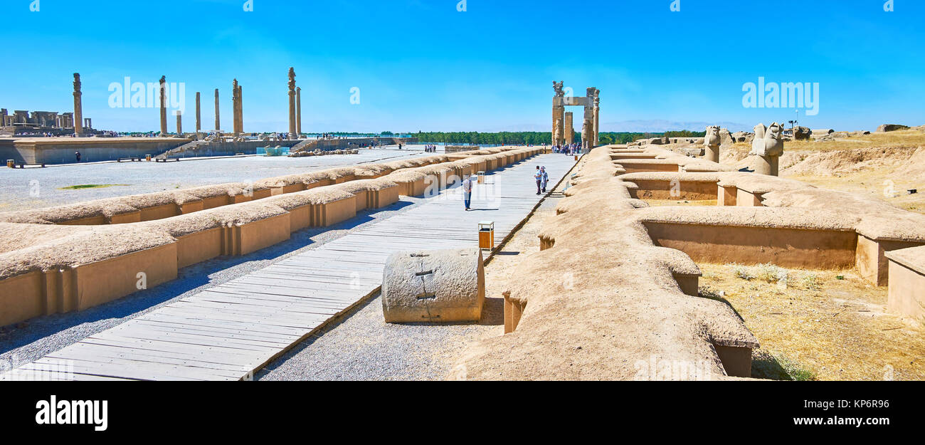 PERSEPOLIS, IRAN - OCTOBER 13, 2017: The Army street stretches to the Xerxes Gate (All Nations Gate) of Persepolis Stock Photo