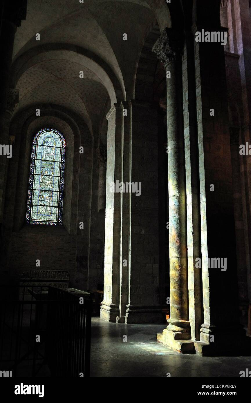 The Romanesque Basilica of Saint-Sernin, XI-XIIth centuries, is a UNESCO World Heritage Site. The aisle. Toulouse, - Stock Image