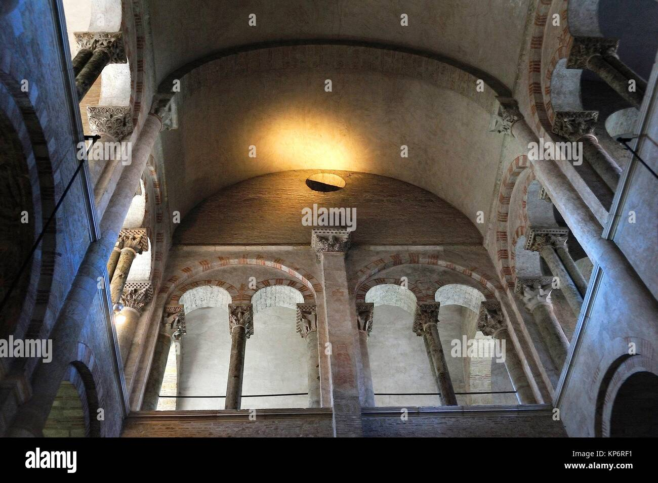 The Romanesque Basilica of Saint-Sernin, XI-XIIth centuries, is a UNESCO World Heritage Site. The dome. Toulouse, - Stock Image